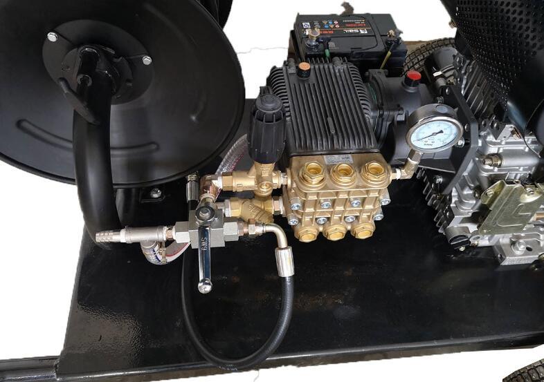 超高压清洗机与普通高压清洗设备的区别