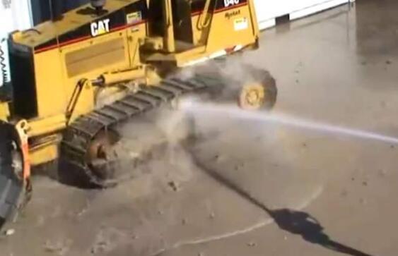 高压清洗机在挖机等工程车领域的应用